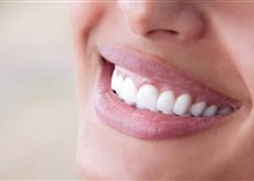 Natural remedies will remove bacteria on dental implants and gums.